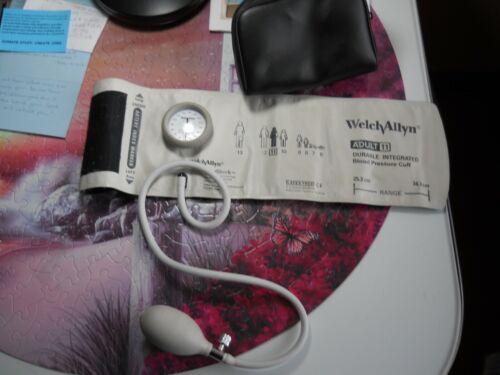 Welch Allyn Adult DuraShock Sphygmomanometer Blood pressure cuff
