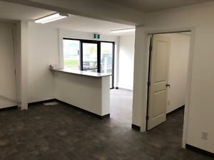 3500 square feet office wharehouse in North Battleford