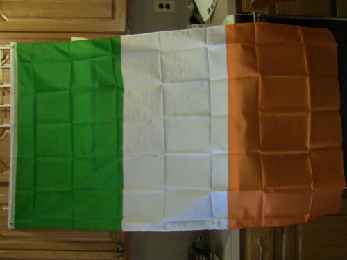 TWO FLAG OF IRELAND LARGE 3 X 5 FEET IRISH EIRE INDOOR OUTDOOR, GROMMETS