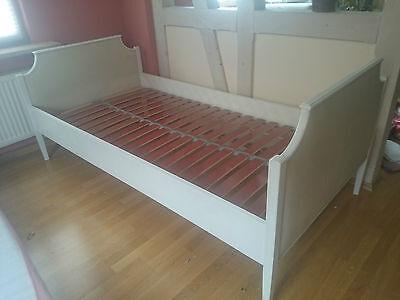 altes shabby chic Bett mit Lattenrost 100x200