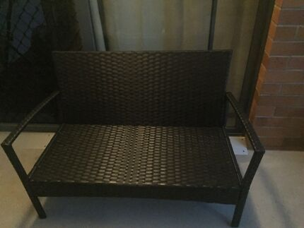 Outdoor Wicker Set 4 Seater & Coffee Table
