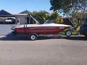 Sea Ray 125 horse 4 cylinder Aberglasslyn Maitland Area Preview