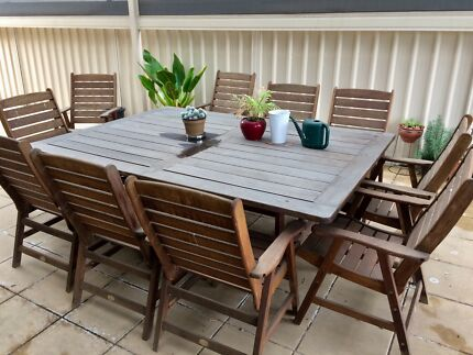 Solid timber 10 seater outdoor dinning set