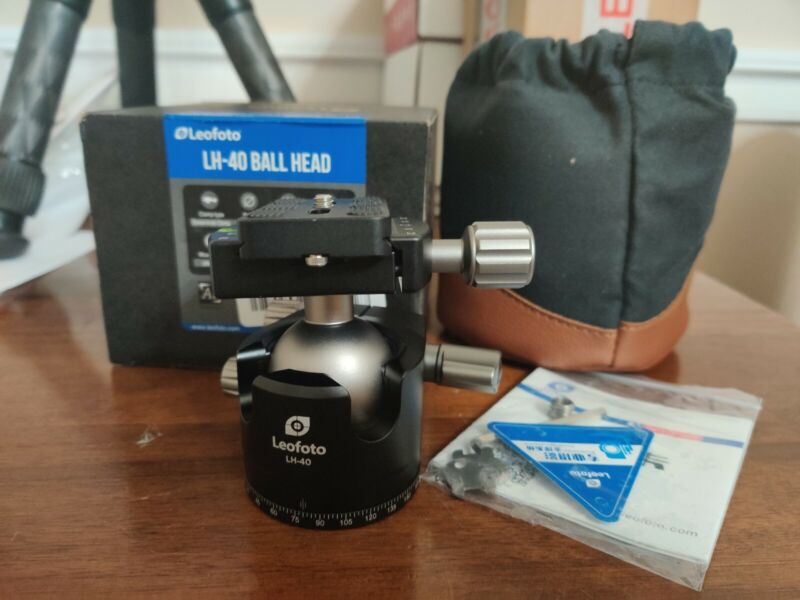 Used Leofoto LH-40 Low Profile Ball Head with Quick Release Plate and CASE
