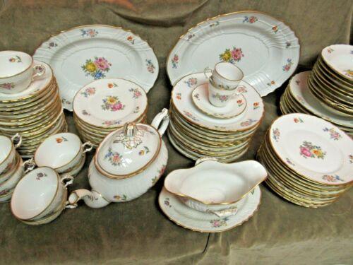 Vintage Richard Ginori Italy Porcelain China Pattern 11712 Floral 91 Piece set
