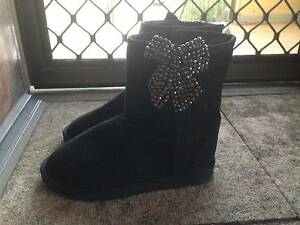 Genuine Australian Made Women's UGG Boots (100% Sheep Skin) Durack Brisbane South West Preview
