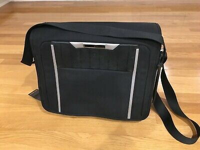 SAMSONITE BLACK LABEL X'LITE MESSENGER COMPUTER BAG LAPTOP SLEEVE- w/ tags