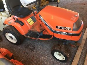 Parting out two Kubota G1800 lawn mowers
