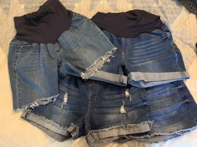 maternity clothes lot large/XL