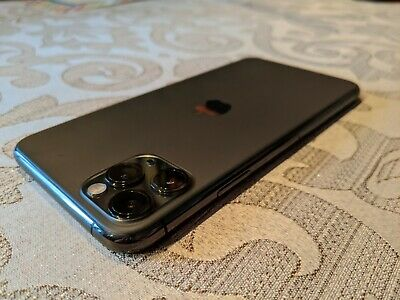 Apple iPhone 11 Pro Max 64GB Space Gray Unlocked- Excellent Condition.