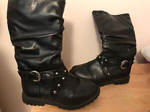Hello Kitty Boots Girls Size 2 Aspendale Gardens Kingston Area Preview