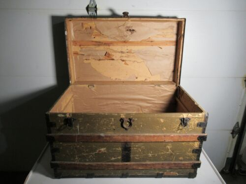 Old Victorian Wood Slat Flat Top Style Steamer Train Stagecoach Trunk Chest