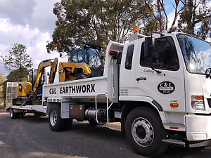 EARTHMOVING COMBOS. CHEAP. EXPERIENCED. RELIABLE. Alexandra Hills Redland Area Preview