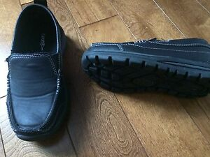 Boys size 13 black shoes