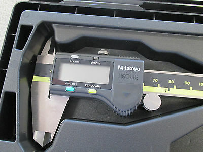 New Mitutoyo 6 Absolute Inchmetric Digimatic Electronic Caliper 500-196-30