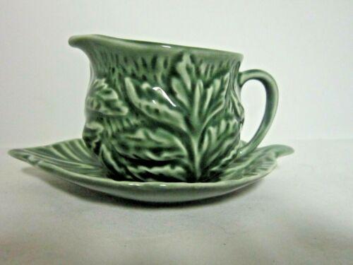 Vintage SylvaC Green Cabbage Leaf Creamer Cup w/Leaf Plate 4683 England