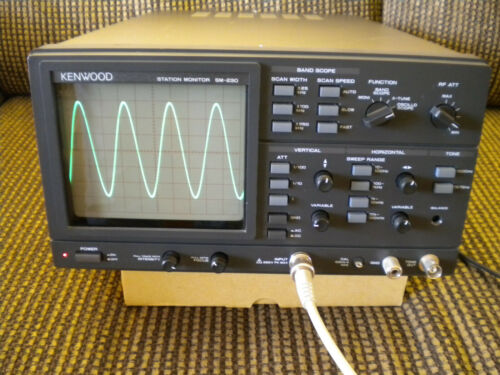 KENWOOD SM-230 STATION MONITOR / OSCILLOSCOPE