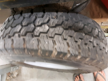 Landcruiser 76 78 79 spare wheel and as new tyre