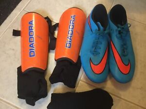 NIKE Soccer shoes, Guards and socks