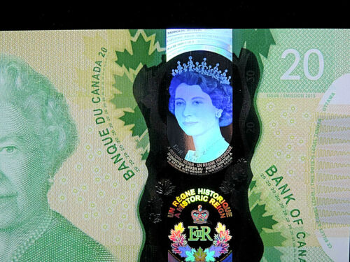"""2015 $20 Dollar Bank of Canada Banknote """"Young Queen"""" Holographic GUNC #FWS Bill"""
