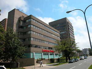 Large Corner Offices Suite For Rent - 3 private offices