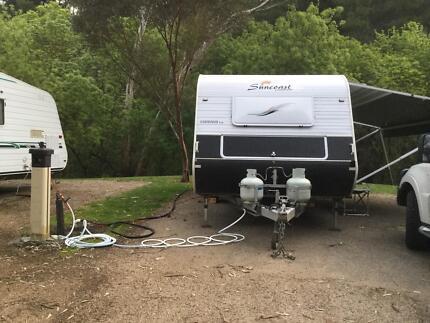 2011 Suncoast Caravan