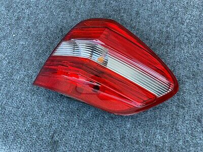 06-08 Mercedes ML350 ML500 ML550 W164 Rechts Rücklicht Heck Lampe Montage OEM
