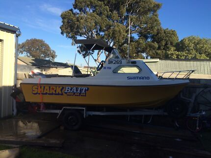 15FT Fishing Boat Dallas Hume Area Preview