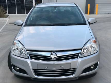 HOLDEN ASTRA AUTOMATIC SILVER 2006+LOW KMS+REGO+RWC
