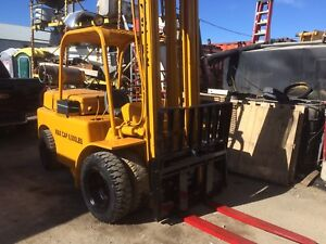 8000 pound hyster all terrain tires !!