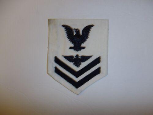 b1235 WW 2 US Navy Aviation Pilot 2nd Class Rate (white) IR34C