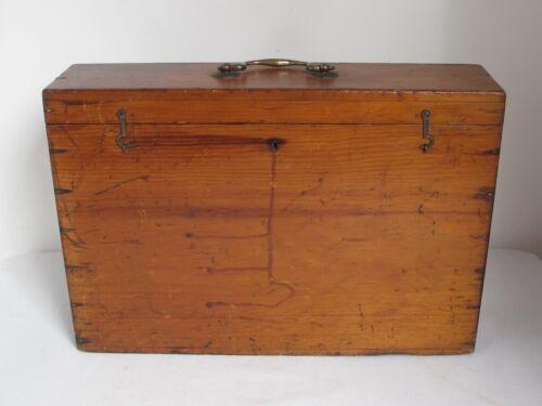 Antique  Artists  Box made by Alexander Scott Edinburgh c.1900