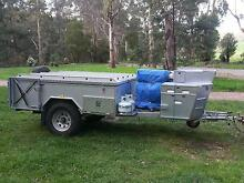 Off road hard floor camper, fully equipped and ready to go! Frankston Frankston Area Preview