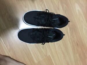 Basketball shoes size 11.5 hyperdunk x low