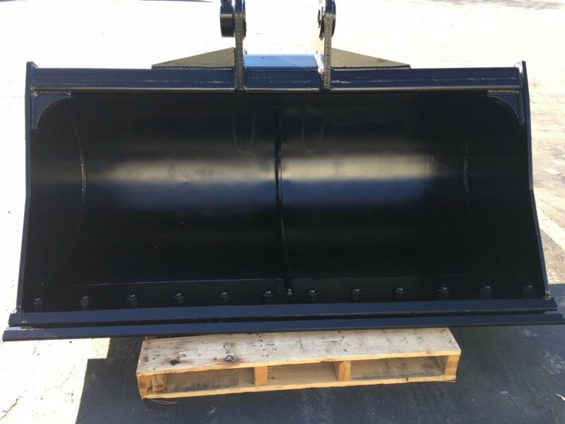 "New 72"" Komatsu Pc138 Ditch Cleaning Bucket W/ Bolt On Edge"