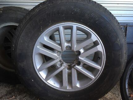 Toyota Hilux 17x7 SR5 Mag Wheels