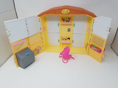 Barbie Horse Barn Riding Stable Playset 2000 + Pink Saddle 1999 Mattel NICE