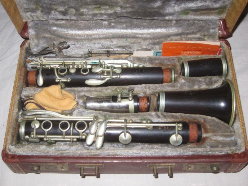 Vintage Noblet Clarinet Paris w/ Vandoren Mouthpiece #2046