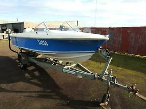 Haines Hunter V16R 1980 Model Warrnambool Warrnambool City Preview