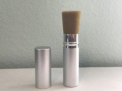 Glominerals Retractable Ultra Brush - Glominerals Ultra Brush