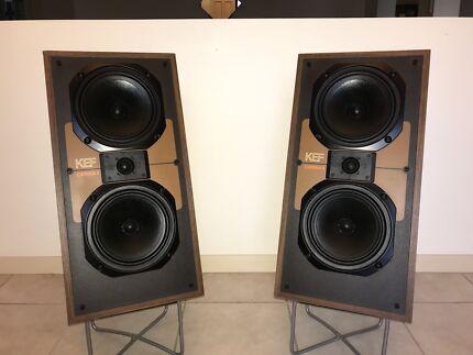 Vintage KEF Speakers excellent Condition