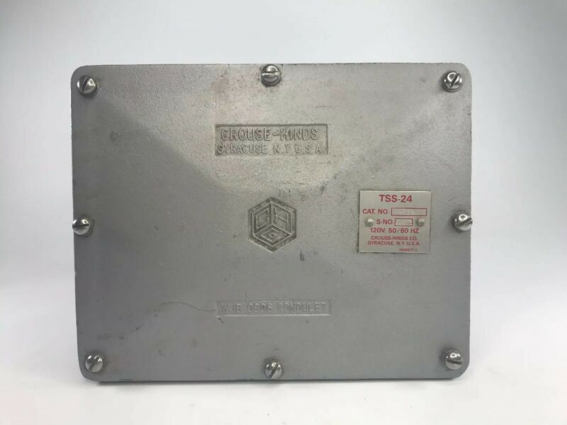 "Crouse-Hinds, 1"", wbj 0806 ,2 WAY, Explosion Proof Conduit Junction Box"