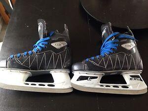 Men's CCM skates