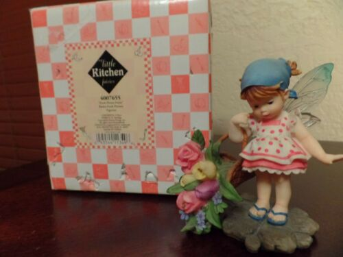SET OF 2 FRESH FLOWER  & BUBBLE TROUBLE MY LITTLE KITCHEN FAIRIE PREOWNED WB