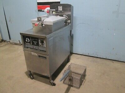 Henny Penny 600 Commercial Heavy Duty Natural Gas Pressure Fryers