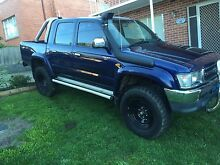 1998 TOYOTA HILUX SR5 Moonah Glenorchy Area Preview