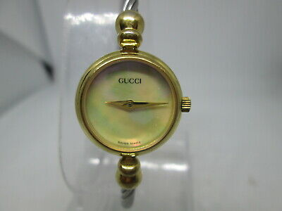 VINTAGE GUCCI 2700.2.L GOLDPLATED QUARTZ BANGLE CABLE LADIES WATCH