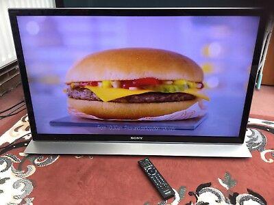 Sony Bravia KDL-40HX853 LED 3D Smart TV with Sound Bar Base