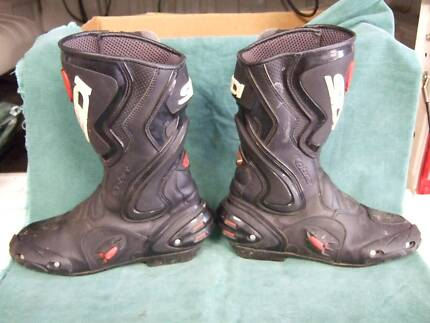 Motorcycle Boots - Sidi Road Boots