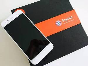 """GIGASET ME 5.0"""" FullHD 3GB/32GB Snapdragon 810, HiFi sound North Adelaide Adelaide City Preview"""